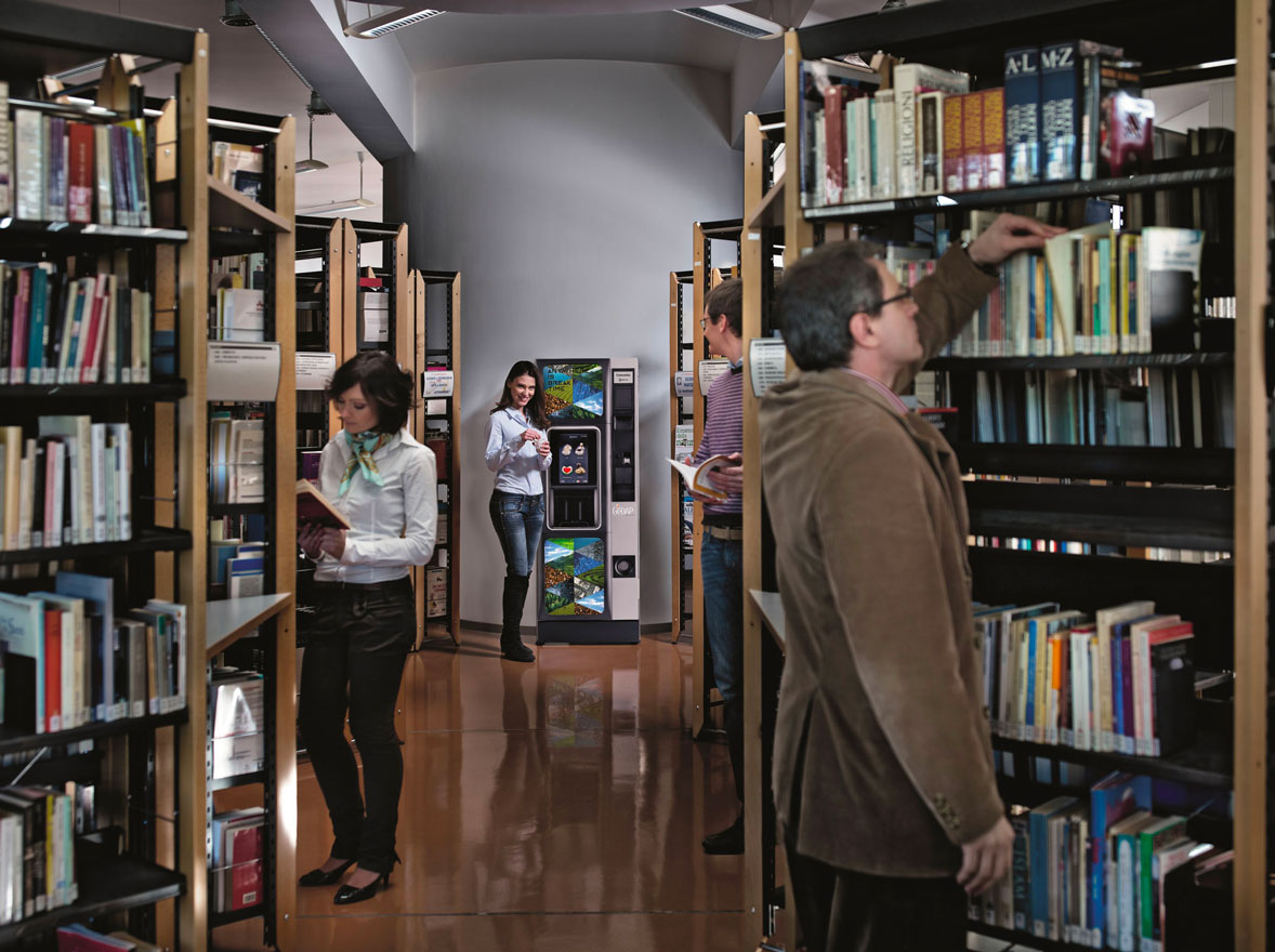 Distributore Caffè Concerto Touch in biblioteca